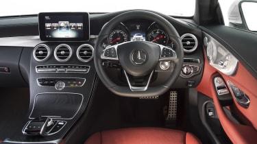 Mercedes C-Class Coupe - dash
