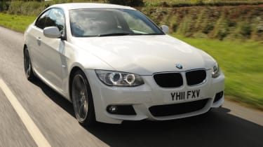 BMW 318i Coupe front tracking