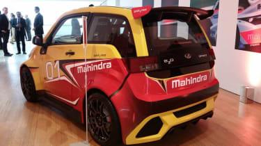 Mahindra e2o - sport rear