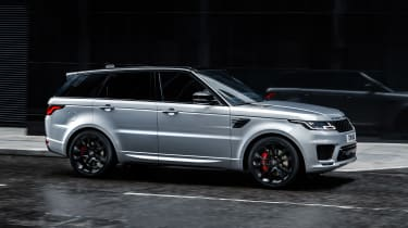 Range Rover Sport HST - side