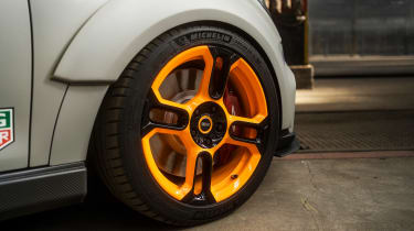 MINI Electric Pacesetter - wheel