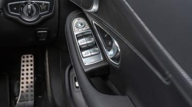 Mercedes C-Class Cabriolet - buttons