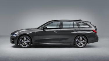 BMW 3 Series Touring - studio side