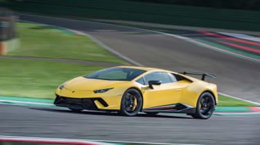 Lamborghini Huracan Performante 2017 track