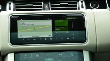 Range Rover P400 - navigation