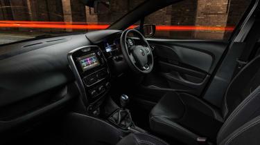 Renault Clio Urban Nav - interior