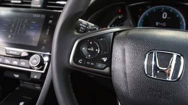 Honda Civic 1.5 - steering wheel