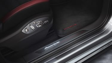 Porsche Macan Turbo Exclusive Performance Edition door sill