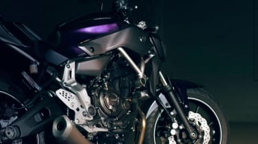 Yamaha MT-07 review - front wheel