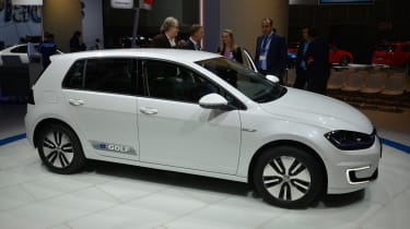 VW e-Golf 2017 - LA Motor Show side