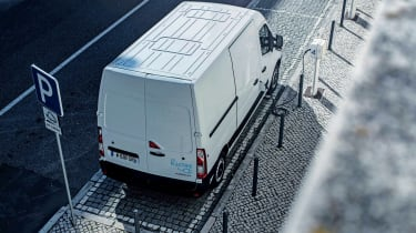 Renault Master Z.E - above charging