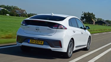 Hyundai Ioniq Electric - rear tracking