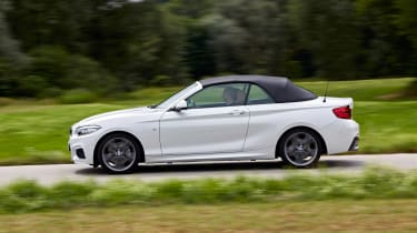 BMW 220d Convertible - side action