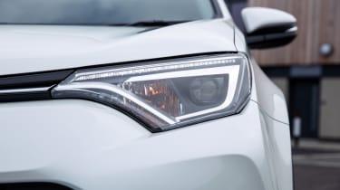 Toyota RAV4 Hybrid UK 2016 - headlight