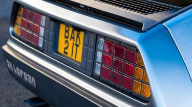 DMC DeLorean - rear detail