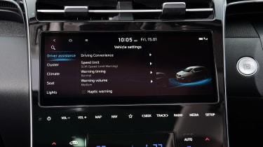 Hyundai Tucson MHEV - infotainment