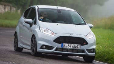 Ford Fiesta ST200 - front cornering