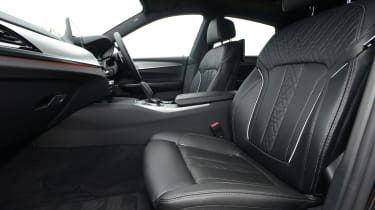 BMW 6 Series GT - front seats