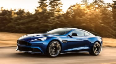 Aston Martin Vanquish S 2016 - front tracking