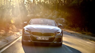 BMW Z4 - full front action