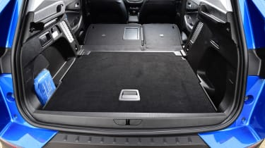 Vauxhall Grandland X - boot seats down