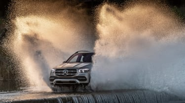 Mercedes GLE - off-road front