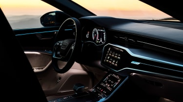Audi A6 - twilight dash