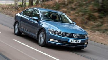 Volkswagen Passat BlueMotion 2016 - front tracking