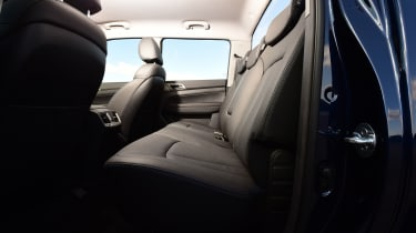 SsangYong Musso - back seats