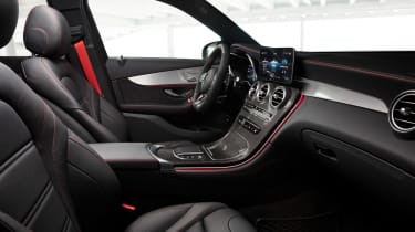 Mercedes-AMG GLC 43 2019 facelift seats