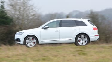 Audi SQ7 long term test - first report side