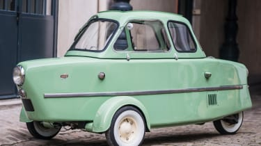 RM Sotheby's 2017 Paris auction - 1958 Inter 175A Berline
