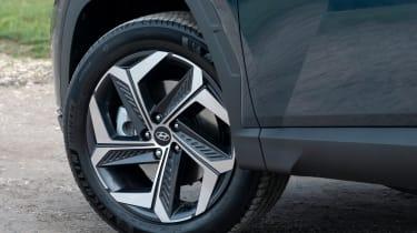 Hyundai Tucson - wheels