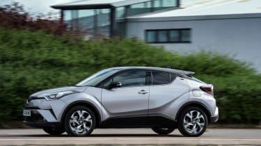 Toyota C-HR petrol - side profile