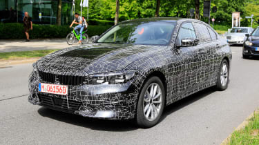 BMW 3 Series spies front