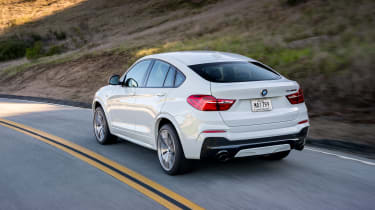 BMW X4 M40i - rear tracking 2