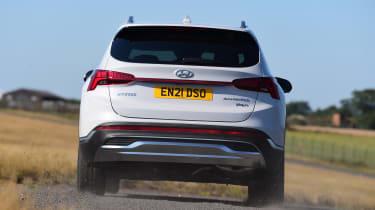 Hyundai Santa Fe - rear cornering