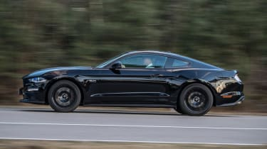 Ford Mustang 10-speed auto - side