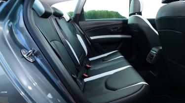 SEAT Leon ST Cupra 280 rear seats