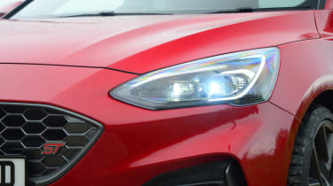 Ford Focus ST automatic - front lights