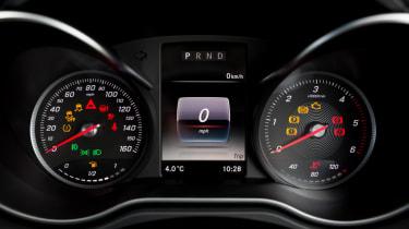 Mercedes X-Class review - dials
