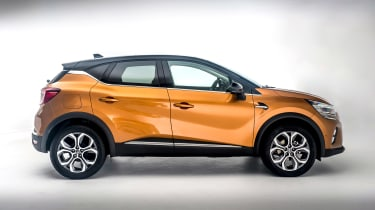 Renault Captur - side