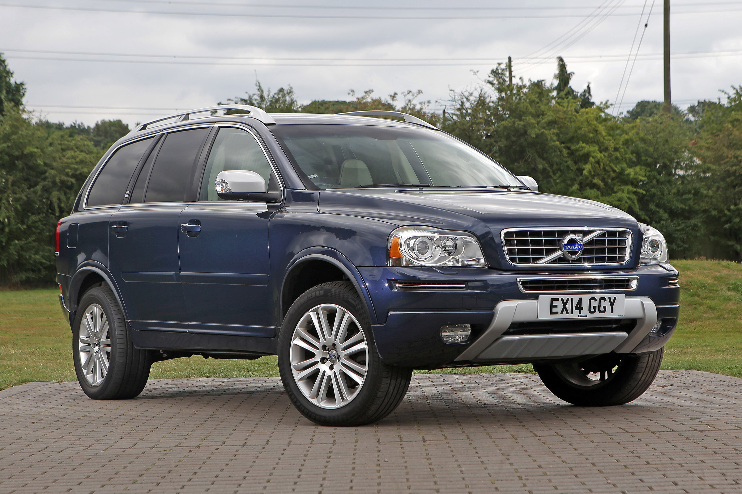 Used Volvo Xc90 Mk1 Review Auto Express