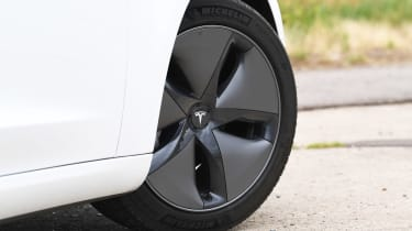 Tesla Model 3 - wheel