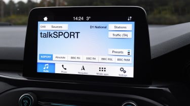 ford focus estate infotainment