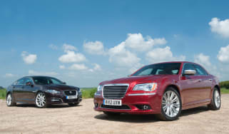Chrysler 300C vs Jaguar XF