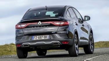 Renault Arkana - rear cornering