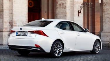 Lexus IS 2017 - rear quarter