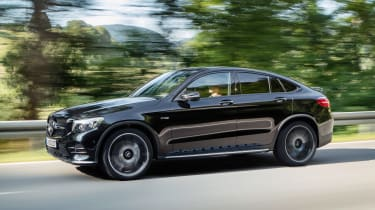 Mercedes-AMG GLC 43 Coupe - side tracking