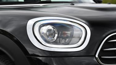 MINI Countryman - front light